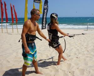 kitesurf lessons vietnam mui ne
